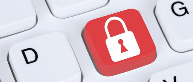Computer security on the internet lock icon data protection